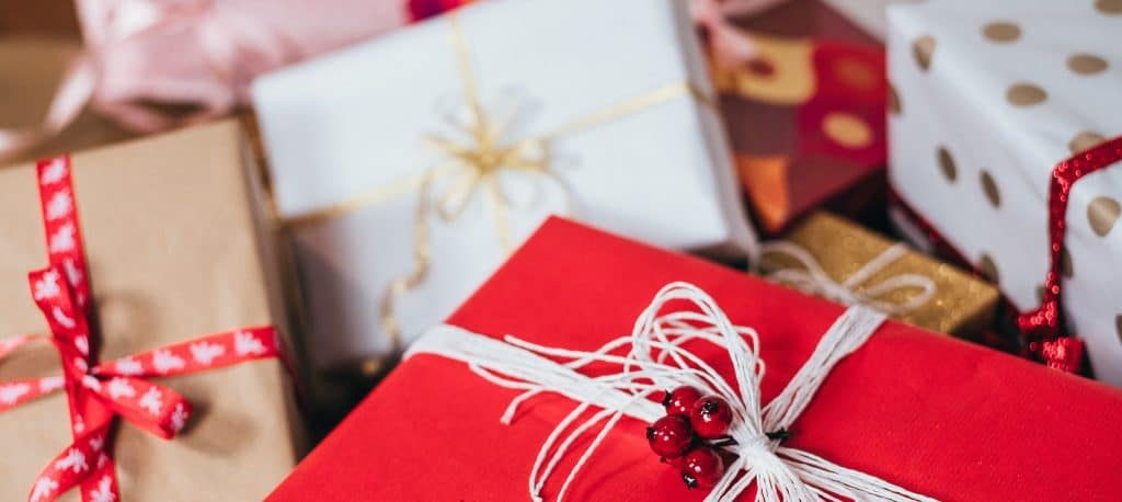6 Tips to Stay Cyber Safe While Online Holiday Shopping